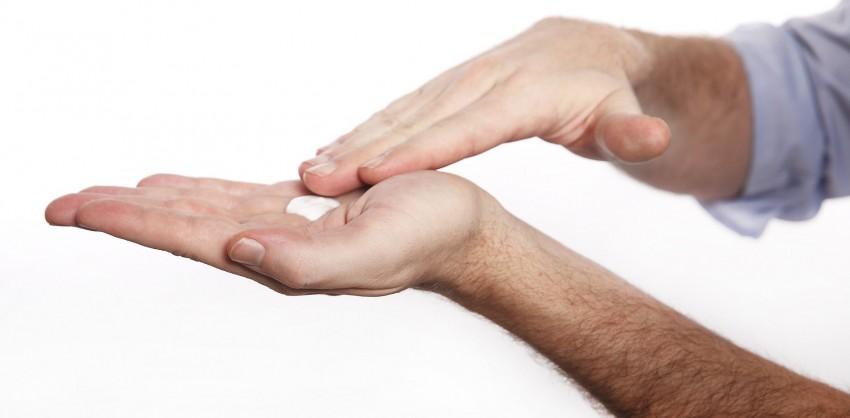 Признаки лишая у человека на руке